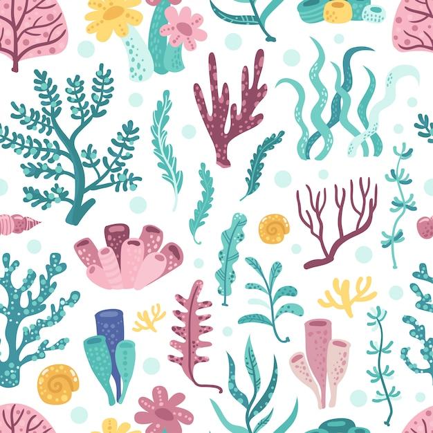 Nahtloses muster mit meerespflanzen und korallen Premium Vektoren