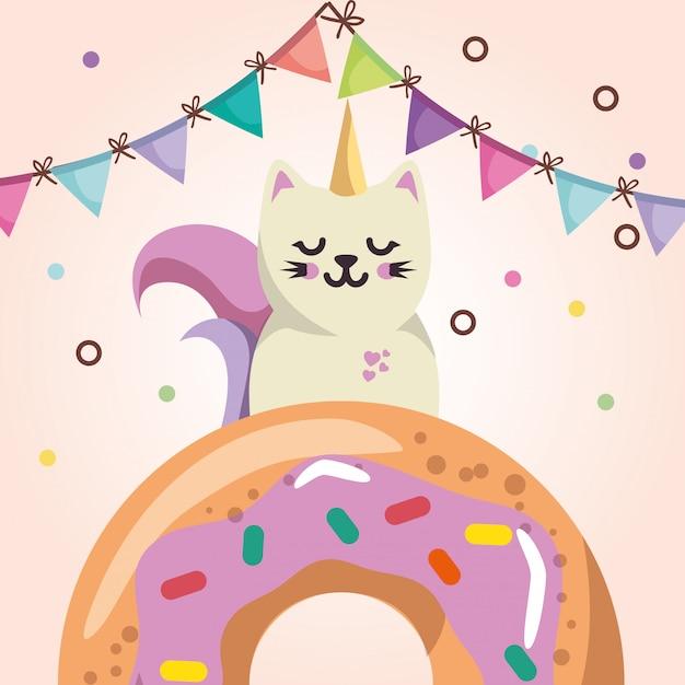 Niedliche katze mit süßer kawaii charakter-geburtstagskarte des donuts Kostenlosen Vektoren