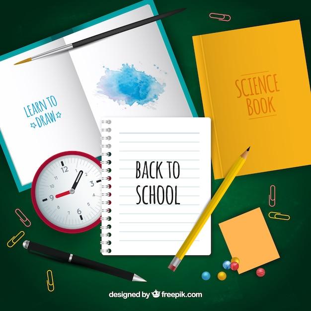 Notebooks, materialien und hausaufgaben Kostenlosen Vektoren