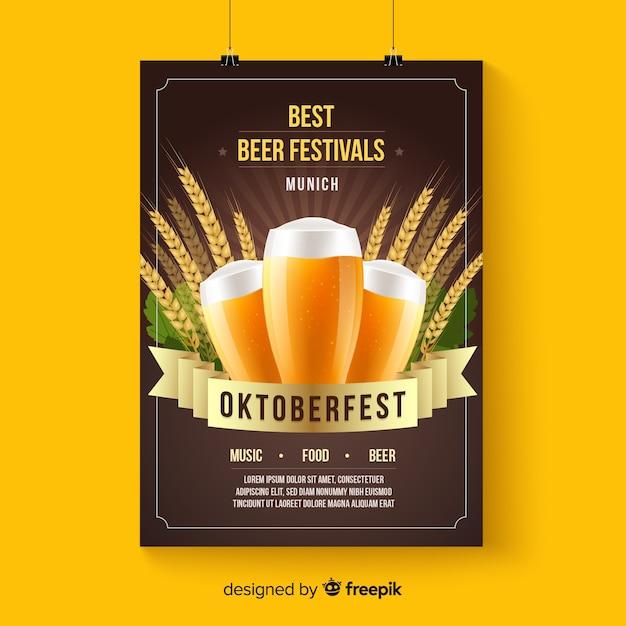 Oktoberfest-plakatmodell in der realistischen art Kostenlosen Vektoren