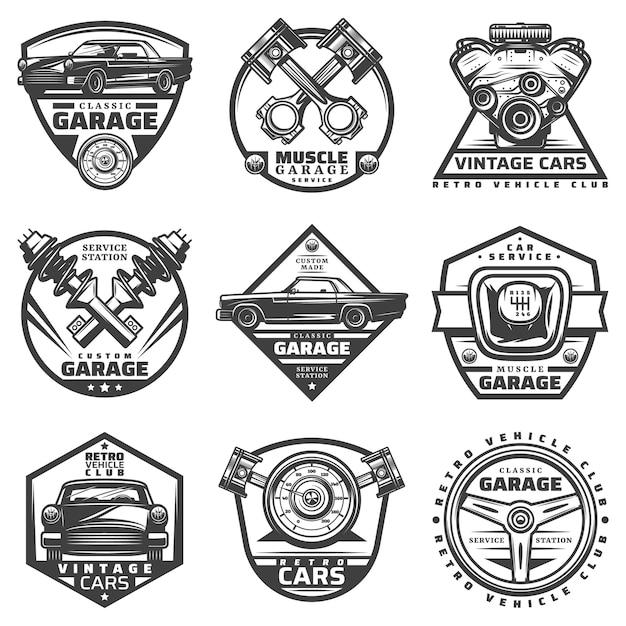 Oldtimer-reparaturservice-etiketten, die mit beschriftungen und autokomponenten-detailteilen im monochromen stil lokalisiert werden Kostenlosen Vektoren