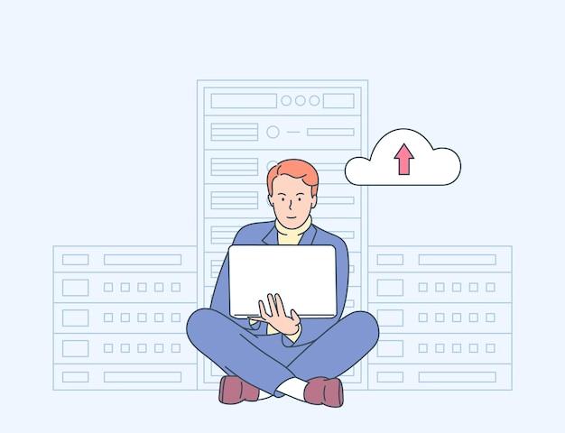 Online-sicherheit, datenschutz, antivirensoftware, cloud-hosting-konzept. it-administrator des jungen mannes, der im serverraum für hardwarediagnose arbeitet. Premium Vektoren