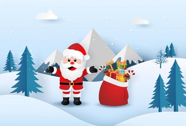 Origamipapierkunst von santa claus mit weihnachtsgeschenktasche im wald Premium Vektoren