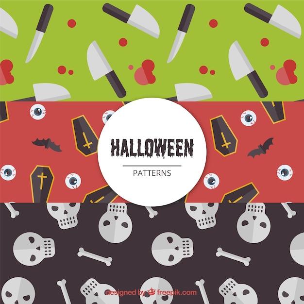 Packung mit halloween-muster mit gruseligen elementen Kostenlosen Vektoren