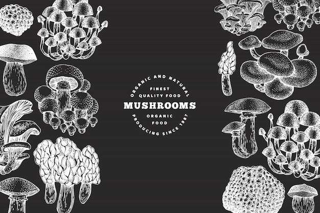 Pilz-entwurfsvorlage. gezeichnete illustrationen des vektors hand auf kreidebrett. pilz im retro-stil. herbst essen. Premium Vektoren