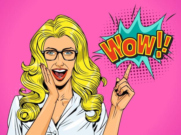 Pop-art ziemlich überrascht blondes mädchen Kostenlosen Vektoren