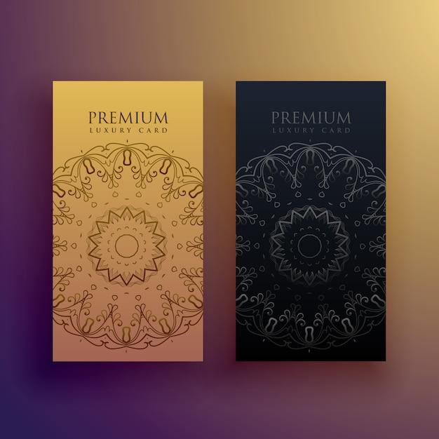 Premium-mandala-karte design-dekoration Kostenlosen Vektoren