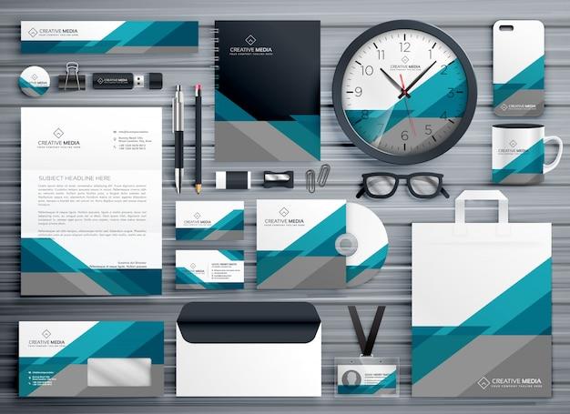 Professionelle business-briefpapier-design mit geometrischen form gemacht Premium Vektoren