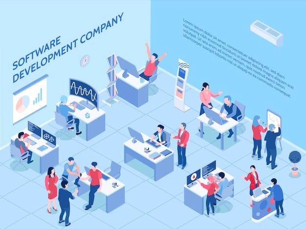 Programmierer der softwareentwicklungsfirma während der arbeit im isometrischen horizontalen büro Kostenlosen Vektoren