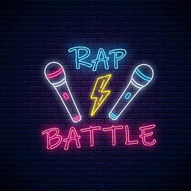 Rap battle leuchtreklame mit zwei mikrofonen und blitz. emblem der hip-hop-musik. Premium Vektoren