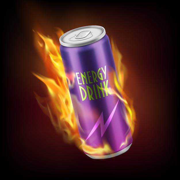 Realistische aluminiumdose mit dem alkoholfreien getränk der energie, brennend in den flammen lokalisiert auf dunklem hintergrund. Kostenlosen Vektoren