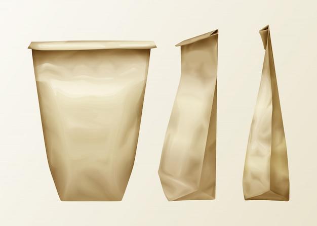 Realistische faltige papiertüte verschiedene ansicht eingestellt. lunch pack oder food snack, küchenzutaten Kostenlosen Vektoren