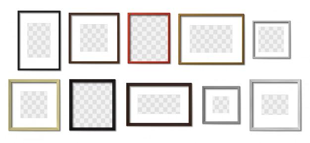 Realistischer fotorahmen. einfache bilderrahmen, quadratischer rand und fotos auf wandmodell. sammlung von dekorativen holzrahmen. quadratische und rechteckige hängende bilderrahmen Premium Vektoren
