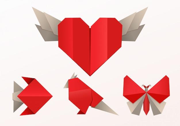 Realistischer origami-stil, fischschmetterling und herz Premium Vektoren