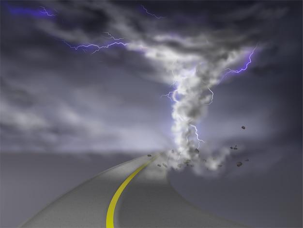 Realistischer tornado mit blitzen, grauer hurrikan auf der landstraße, lokalisiert auf transparentem backgro Kostenlosen Vektoren