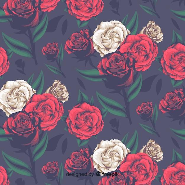 Realistisches dekoratives mit blumenmuster mit rosen Kostenlosen Vektoren