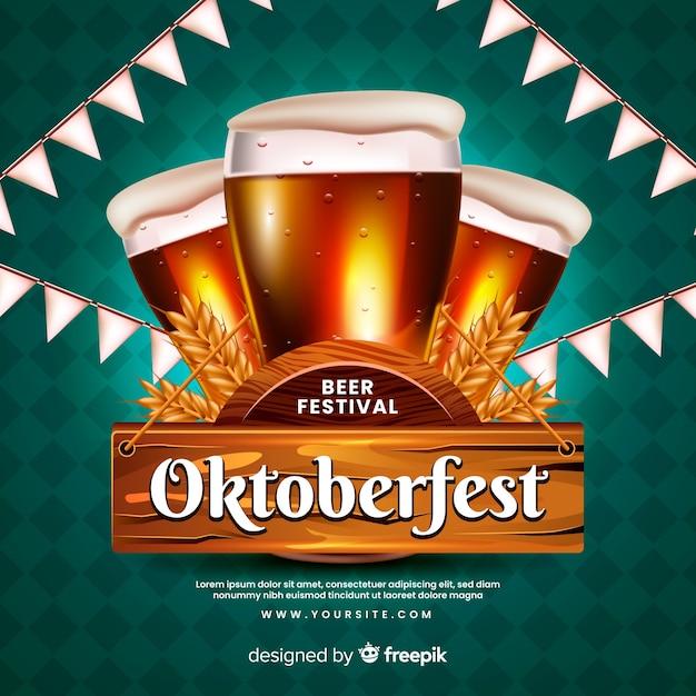 Realistisches oktoberfestkonzept mit bieren Kostenlosen Vektoren