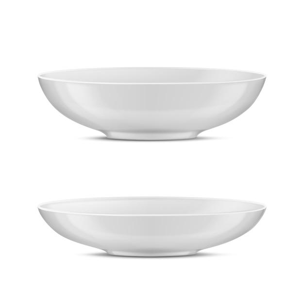 Realistisches weißes geschirr des porzellans 3d, glasteller für unterschiedliches lebensmittel. Kostenlosen Vektoren