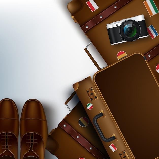 Reisen 3d realistische gegenstände wie koffer, kamera, schuhe Premium Vektoren