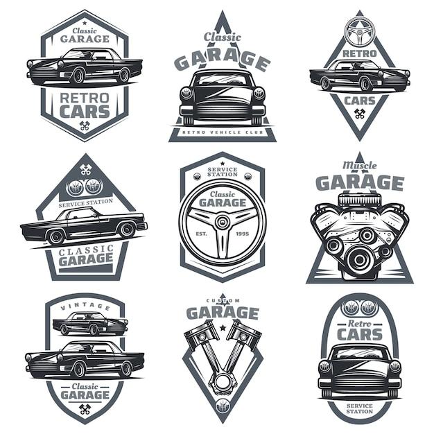 Retro fahrzeug club embleme mit klassischen autos lenkrad motor motor kolben in vintage-stil isoliert eingestellt Kostenlosen Vektoren