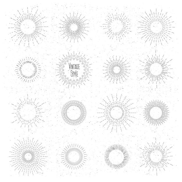 Retro handgezeichnetes sunburst-set. sonnenstrahlrahmen im vintage-hipster-stil. abzeichen und burst, strahl, vintages design, sammlungselement radial. Kostenlosen Vektoren