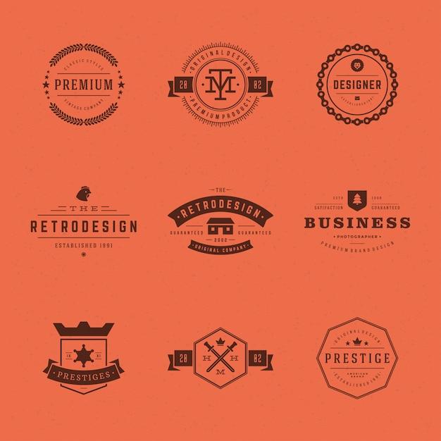 Retro- weinleseaufkleber oder logos stellten vektorgestaltungselemente ein Premium Vektoren
