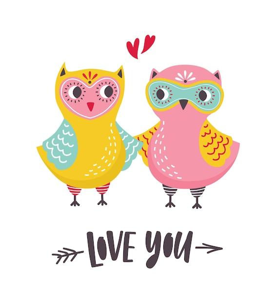Romantische grußkarte mit paar niedlichen eulen und liebes-sie-inschrift handgeschrieben mit kursiver schrift Premium Vektoren