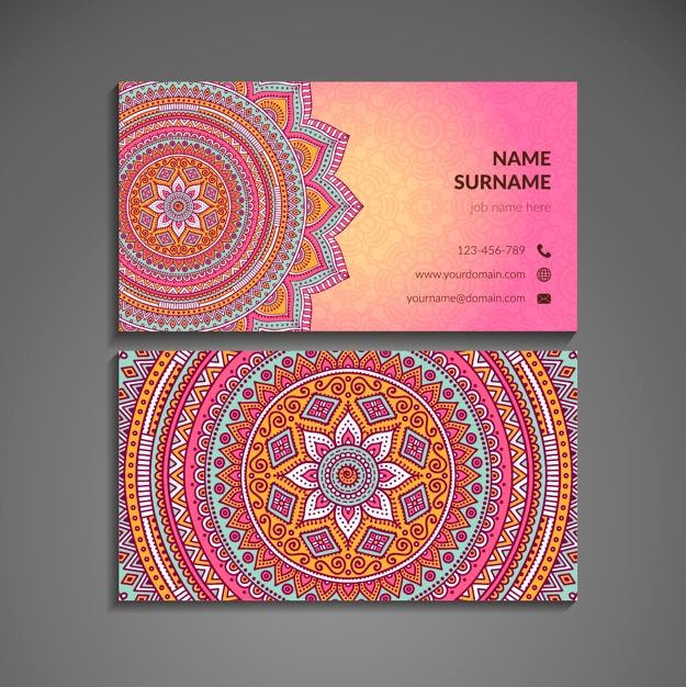 Rosa visitenkarte mit mandala im boho-stil Kostenlosen Vektoren