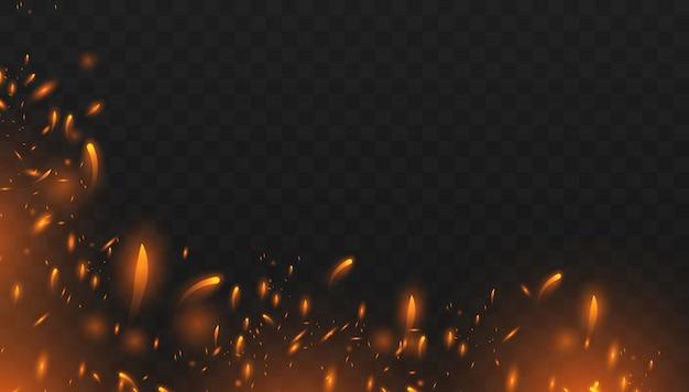 Rotes feuer funkt den vektor, der oben fliegt. brennende glühende partikel. realistischer lokalisierter feuereffekt mit rauche für dekoration und bedeckung auf dem transparenten. Premium Vektoren