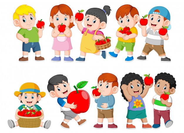 Sammlung glückliche kinder mit frischem apfel Premium Vektoren