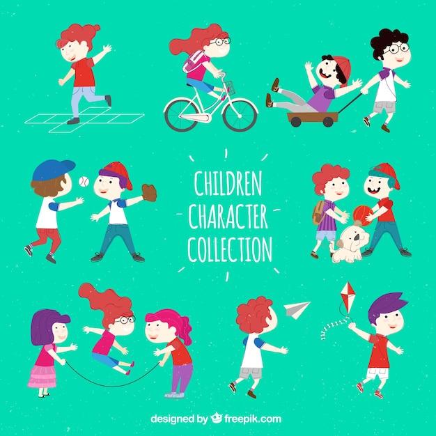 Sammlung von Szenen mit Kindern zu spielen Kostenlose Vektoren