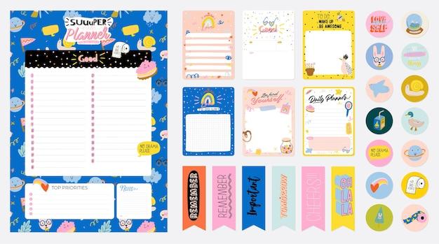 Sammlung von wochen- oder tagesplanern, notizpapier, aufgabenliste, aufklebervorlagen, die von niedlich verziert werden Premium Vektoren
