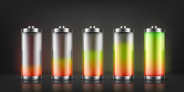 Satz batterieanzeige mit niedrigen und hohen energieniveaus auf hintergrund. Kostenlosen Vektoren