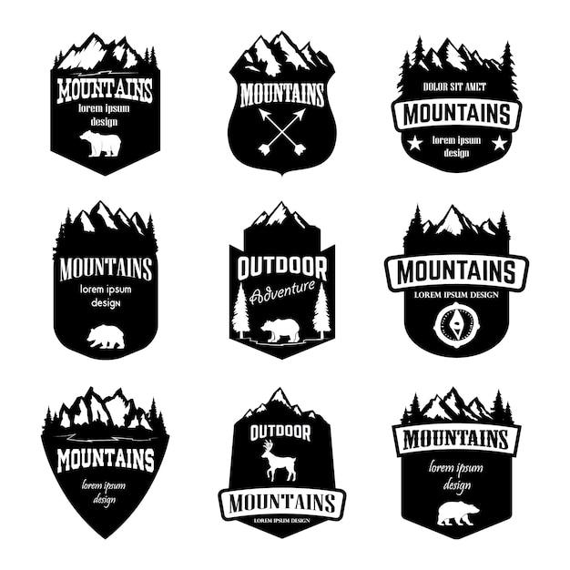 Satz berge, campingembleme im freien. elemente für logo, etikett, abzeichen, zeichen. illustration Premium Vektoren