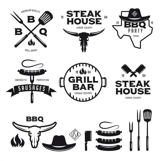 Satz der grillsteakhaus-grillbar beschriftet ausweisembleme und -gestaltungselemente Premium Vektoren