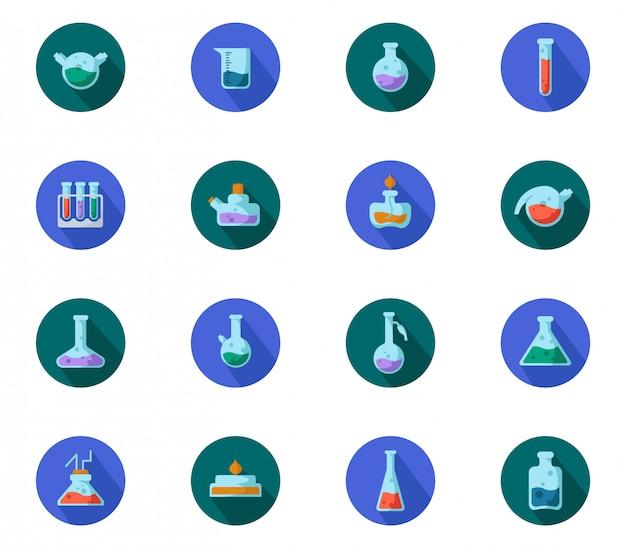Satz flache laborflaschen, messbecher und reagenzgläser für medizinische diagnose, wissenschaftliches experiment. chemisches labor Premium Vektoren