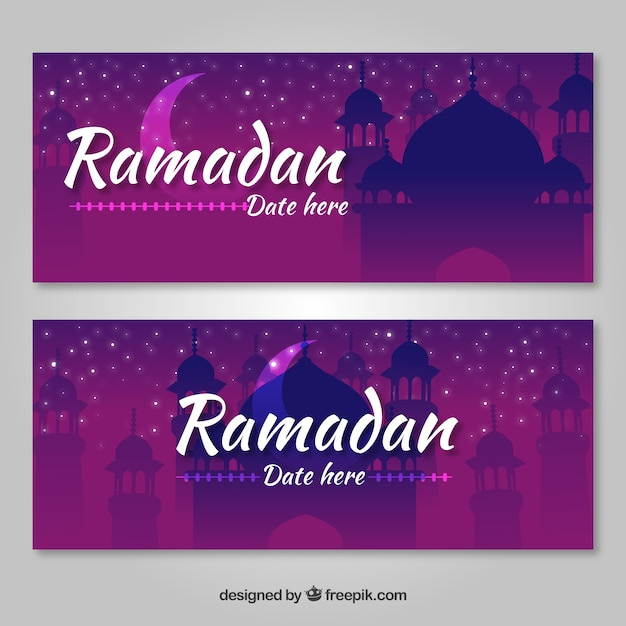 satz ramadanfahnen mit moscheenschattenbildern in der