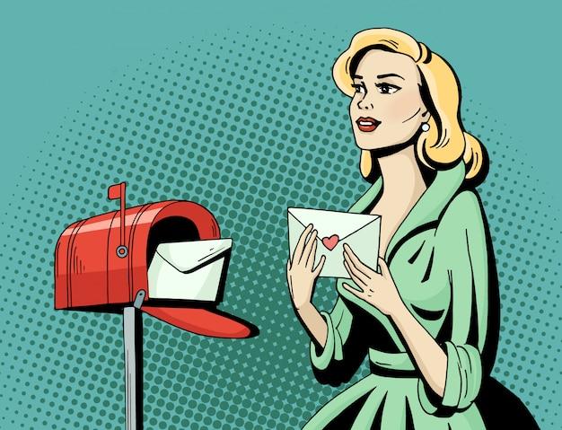 Schöne frau der pop-art mit liebesbrief und briefkasten. cartoon blonde hollywood-filmstar erhalten eine postkarte. Premium Vektoren