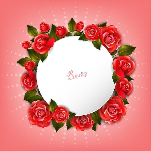 Schöner romantischer runder weißer rahmen mit roten rosen und blättern. Premium Vektoren