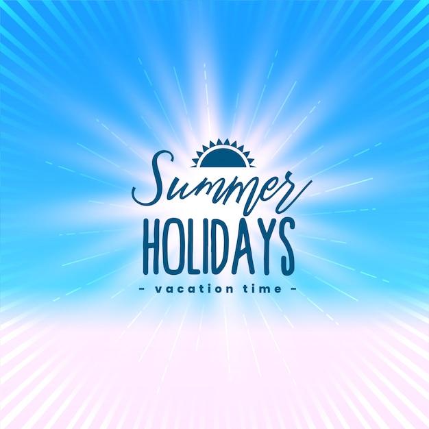 Schönes sommerferienplakat mit hellen strahlen Kostenlosen Vektoren
