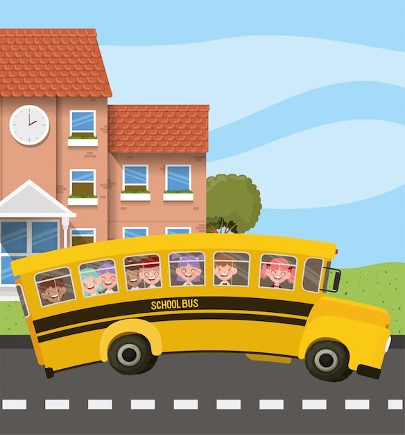 Schulgebäude und bus mit kindern in der straßenszene Kostenlosen Vektoren