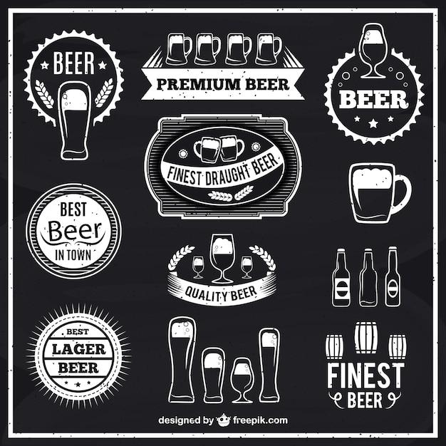Schwarz-weiß-bier-etiketten Kostenlosen Vektoren