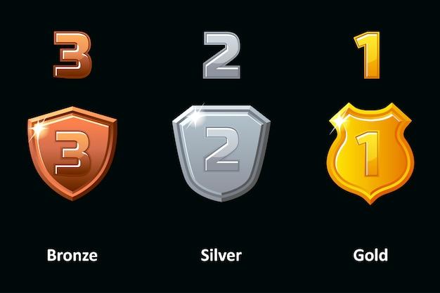 Setze silber-, gold- und bronzeschild. auszeichnungen leistungssymbole. Premium Vektoren