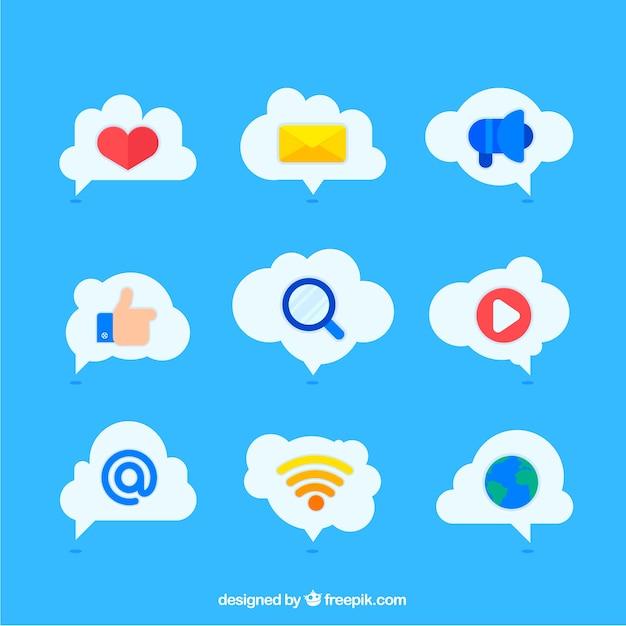 Social-media-elemente in einer wolkenform Kostenlosen Vektoren