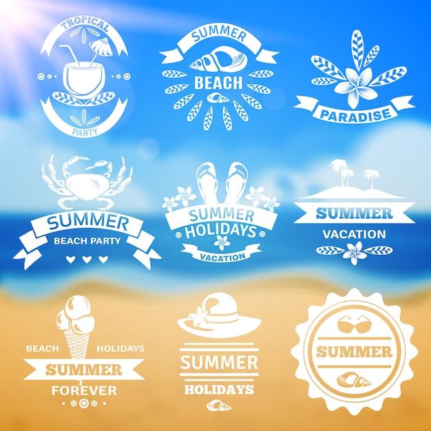 Sommerferien typografie embleme etiketten gesetzt Kostenlosen Vektoren