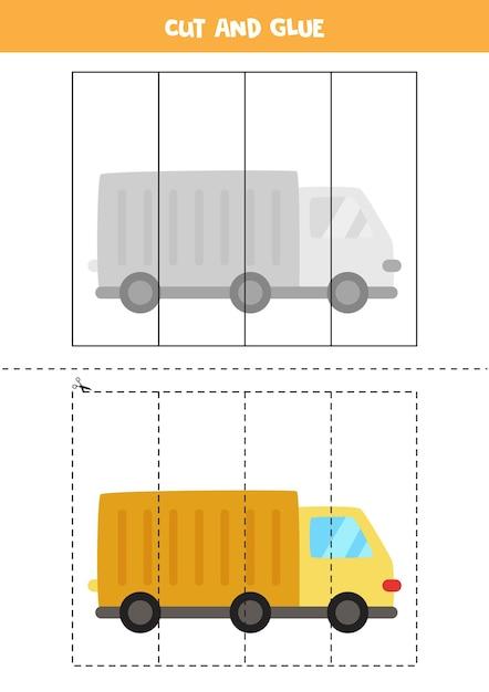 Spiel für kinder mit cartoon-truck schneiden und kleben. schneidpraxis für kinder im vorschulalter. Premium Vektoren
