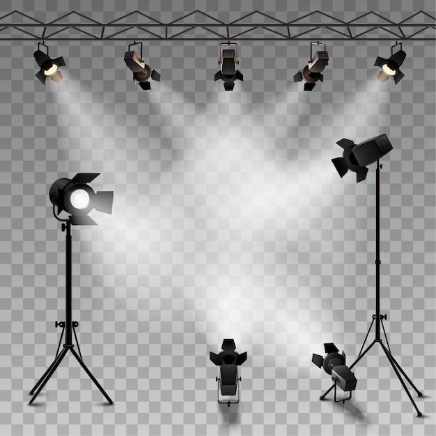 Spotlights realistischer transparenter Hintergrund für Showwettbewerb oder -interview Kostenlose Vektoren