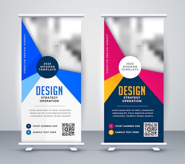Standee-roll-up-banner für besprechungspräsentationen Kostenlosen Vektoren