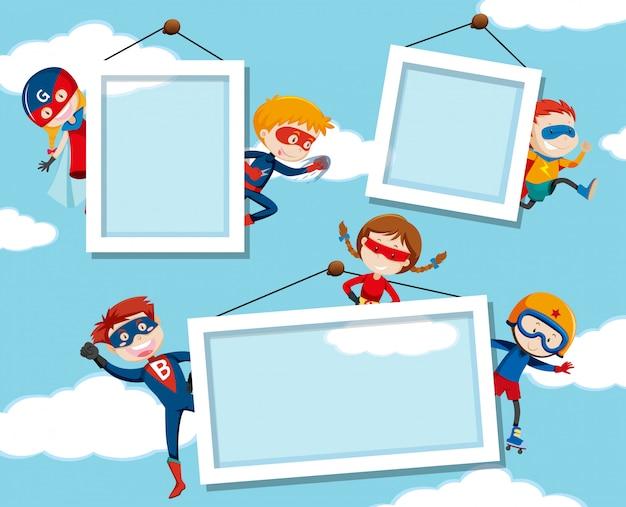 Superheld an auf himmelrahmen Kostenlosen Vektoren