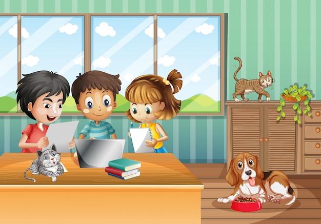 Szene mit kindern, die zu hause am computer arbeiten Kostenlosen Vektoren